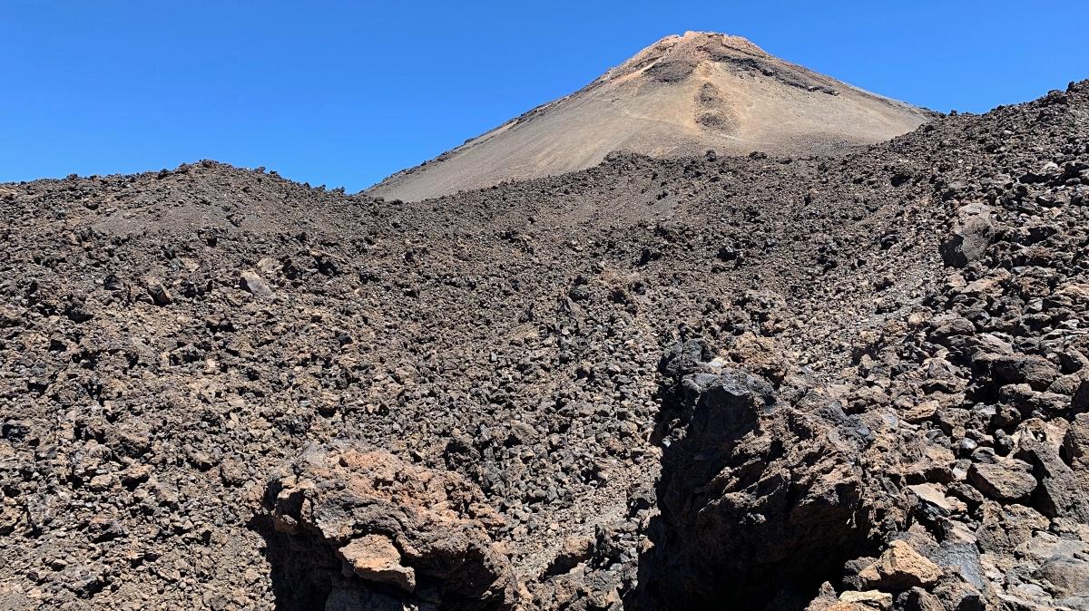 Vulkaan de Teide op Tenerife bijna op de top