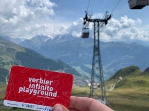 Verbier VIP Pass waarmee je in het zomerseizoen gratis de kabelbanen mag gebruiken rondom Verbier in Zwitserland in de Zwitserse Alpen